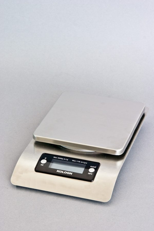 High Precision Scale - Front View - Kologn 984